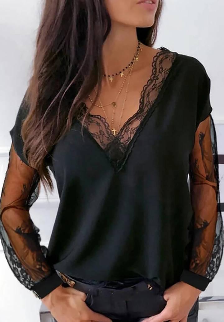 V Yaka İthal Dantel Detay Bluz