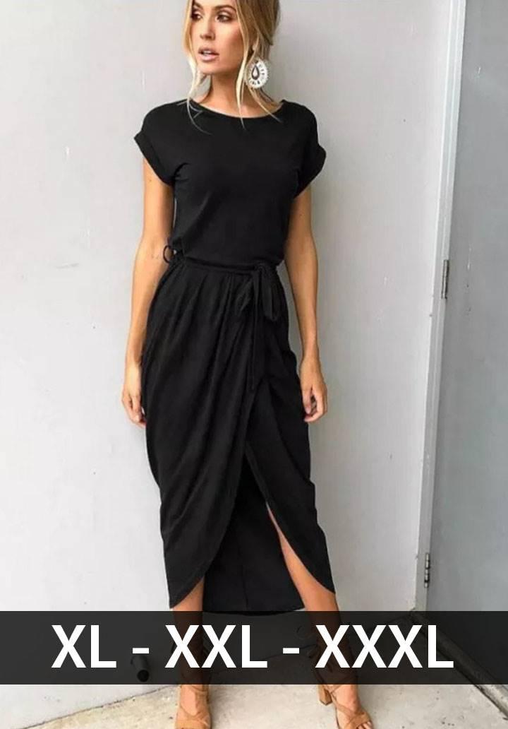 Siyah kuşaklı asimetrik kesim elbise