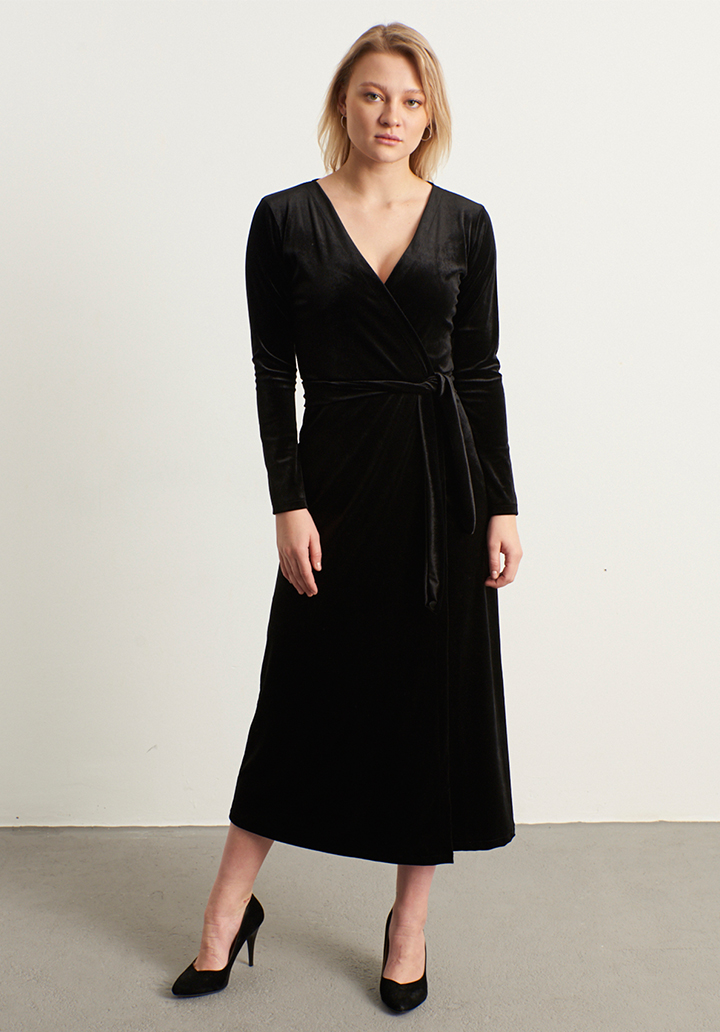 Kruvaze yaka kadife elbise(siyah)