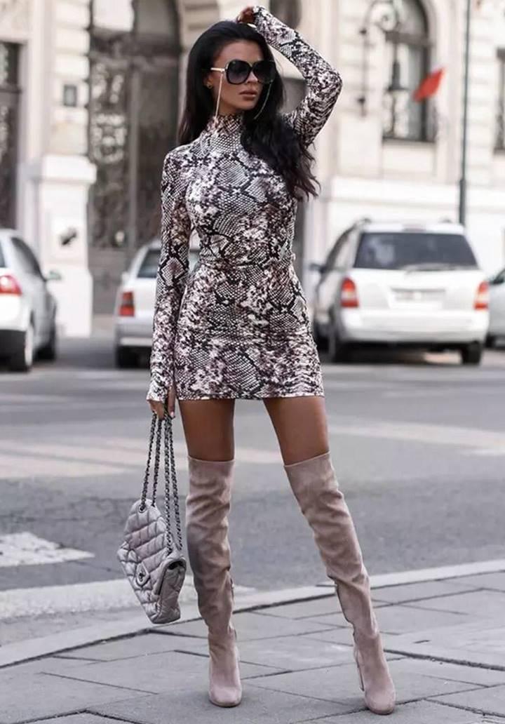 Yılan Derisi Desen Micro Kumaş Elbise(Vizon)