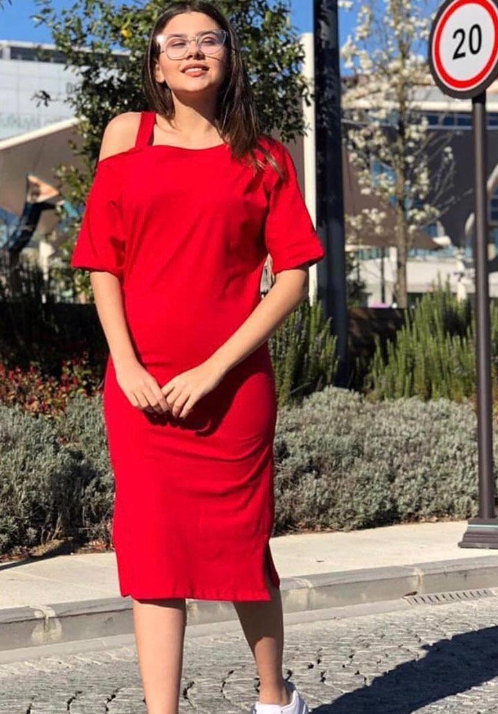 Kırmızı omuz bantlı viscon elbise