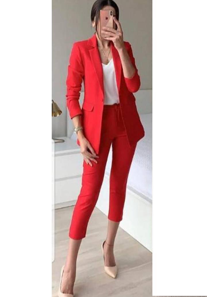 Kırmızı atlas kumaş takım