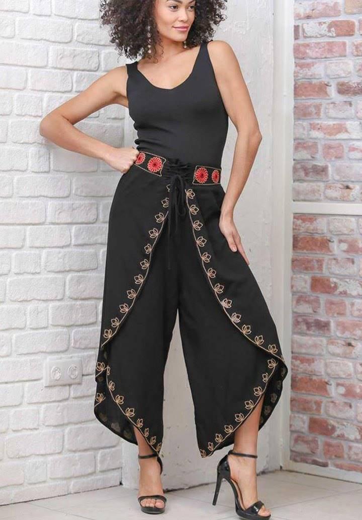 Siyah retro zarf kapaklı nakış detaylı pantalon