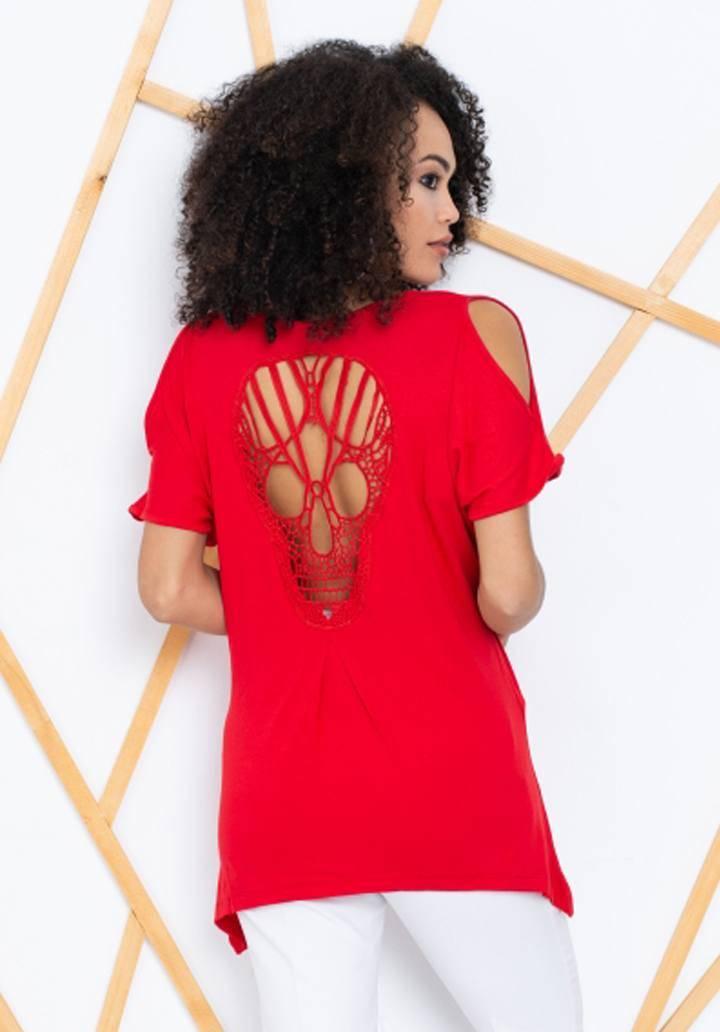 Kırmızı sırt dekolteli asimetrik kesim bluz