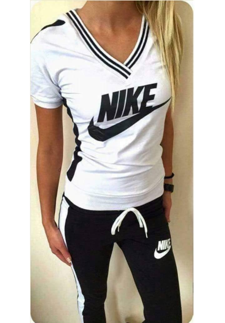 Nike şeritli yeni sezon eşofman takımı(siyah)