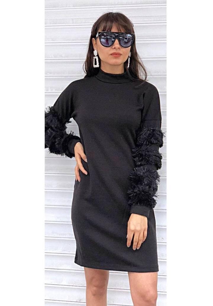 Kolları peluş yarım balıkçı yaka akrelik elbise(siyah)