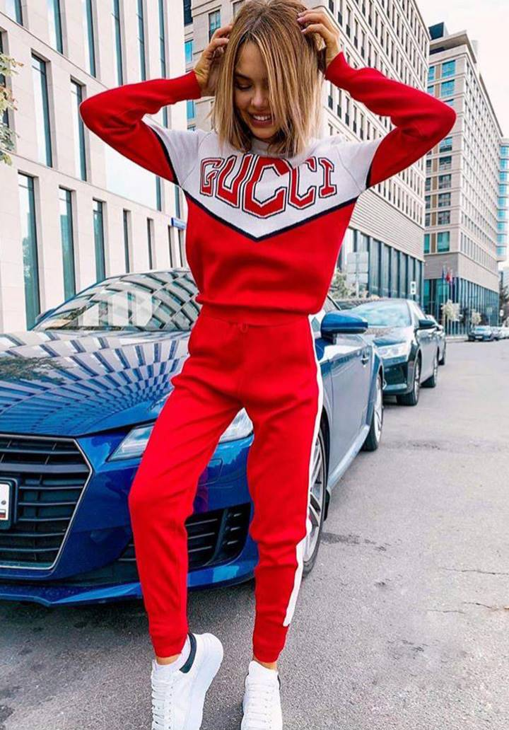 Gucci Bloglu Şeritli İkili takım