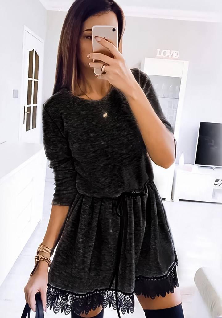 Etek ucu dantel detay yumoş elbise