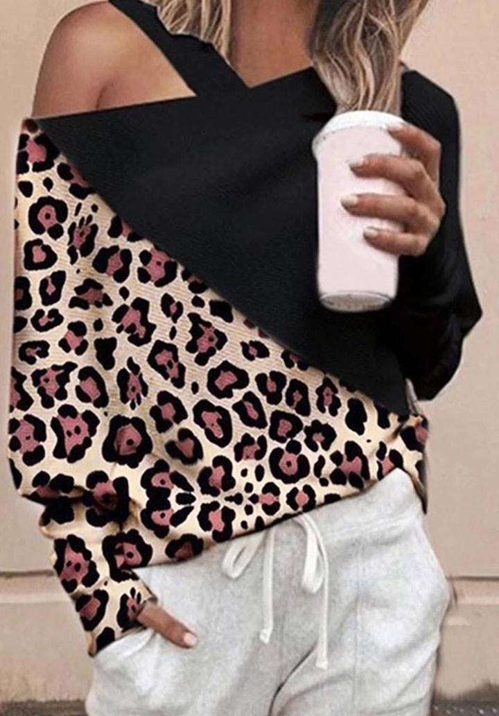 Omuz dekolteli leopar garnili bluz(siyah)