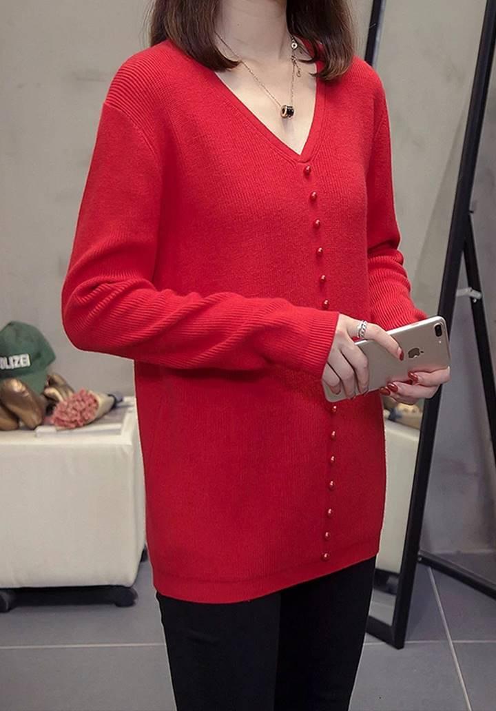V Yaka Düğme Aksesuarlı Triko Bluz (Kırmızı)