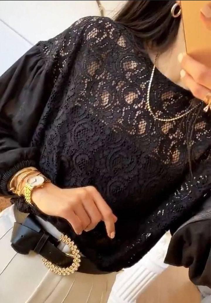 Siyah gupurlu balon kol bluz