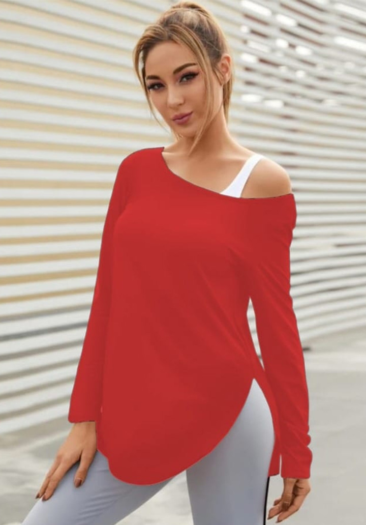 Kayık Yaka Askı Detay Yırtmaçlı Bluz (Kırmızı)