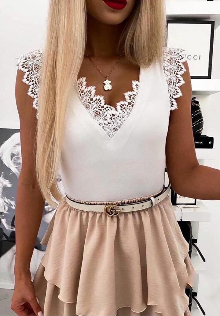 V Yaka Dantel Detay Dalgıç Kumaş Bluz (Beyaz)