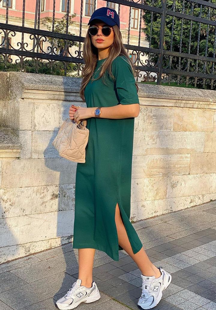 Yırtmaç Detay Basic Elbise (Yeşil)