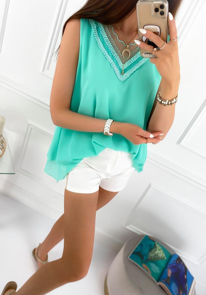 Kolsuz Yaka Tül Detay Crep Bluz (Yeşil)