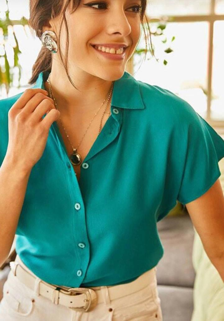 Yeşil viscon basic gömlek