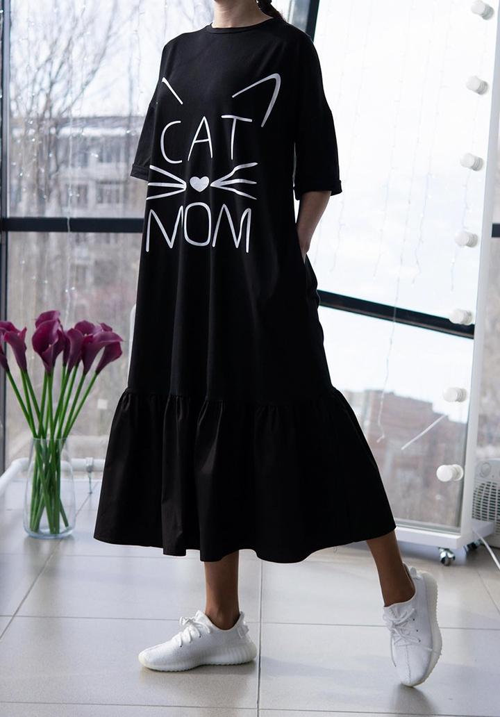 Eteği Volanlı Cat Mom Baskı Midi Boy Elbise (Siyah)