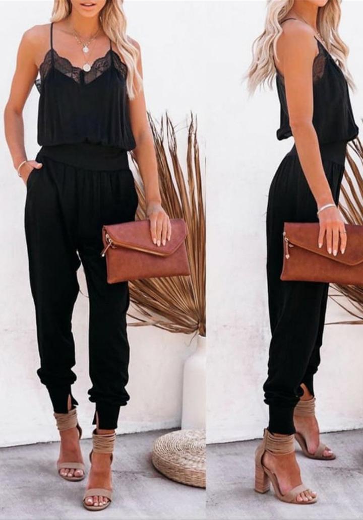 Yakası Gupur Detay Bluz Pantolon Takım