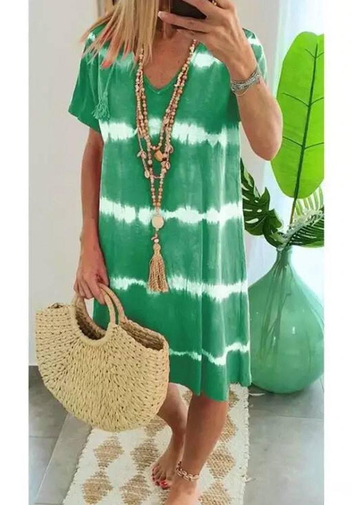 V  yaka yeni sezon batik elbise