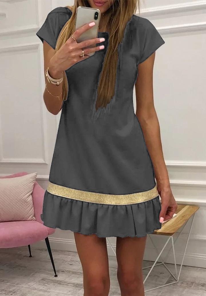 Eteği Pliseli Şerit Detay Elbise (Gri)