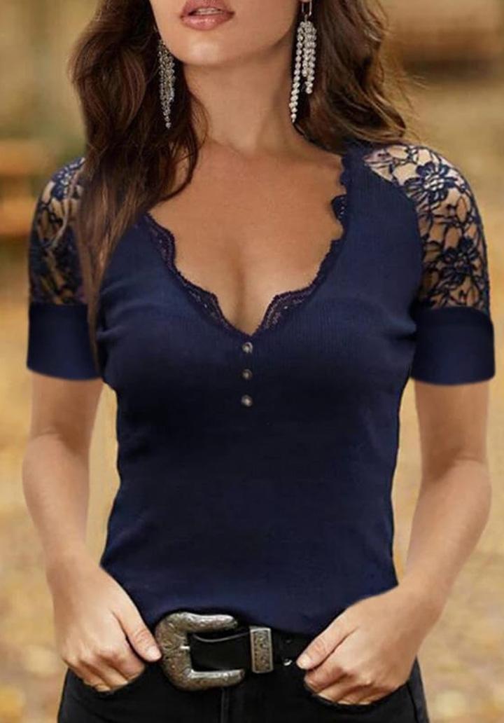 Kol Yaka Gupur Detay Düğmeli Bluz (Lacivert)