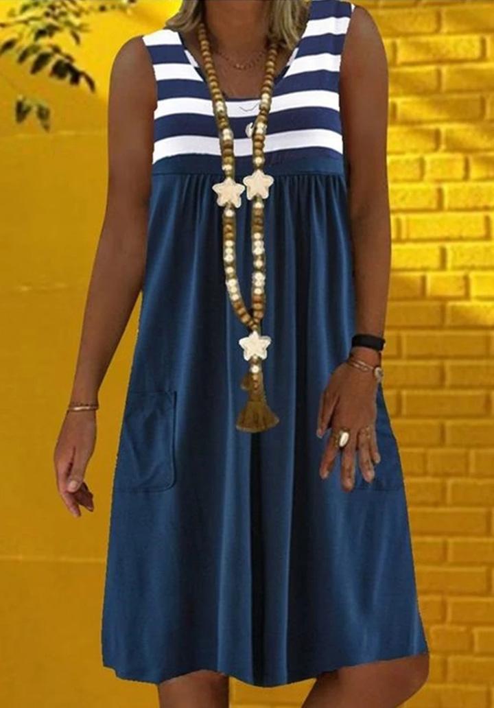 Kalın Askılı Cep Detay Salaş Elbise (Lacivert)