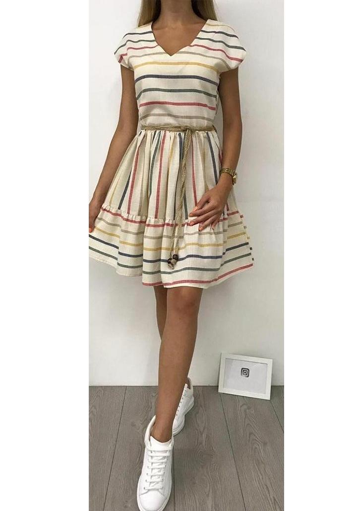 Çizgili V Yaka Eteği Kloş Elbise
