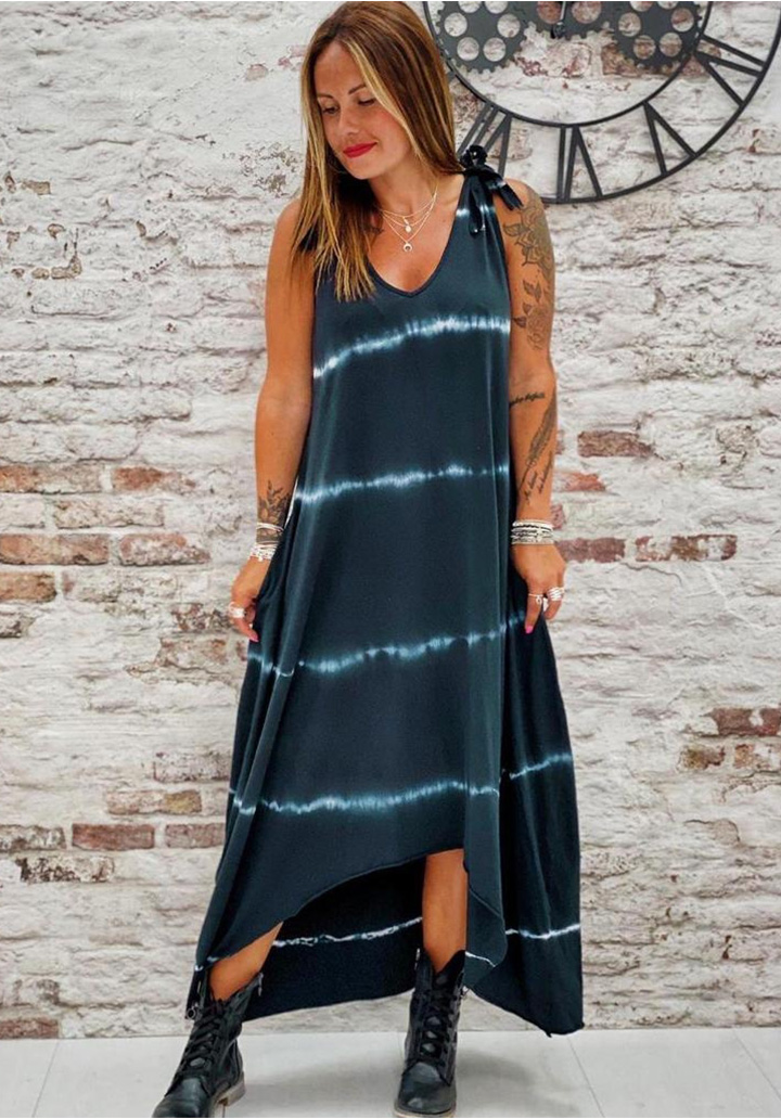 Asimetrik Kesim Micro Batik Elbise