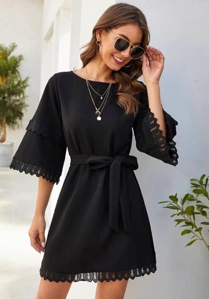 Siyah kol ve etek ucu dantel detay elbise - 3