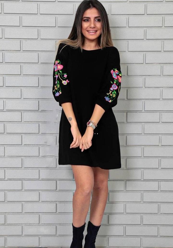 Kolları nakış detaylı triko elbise - 2