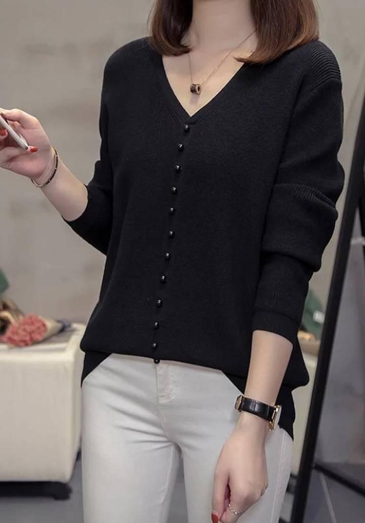 V Yaka Düğme Aksesuarlı Triko Bluz (Siyah) - 2