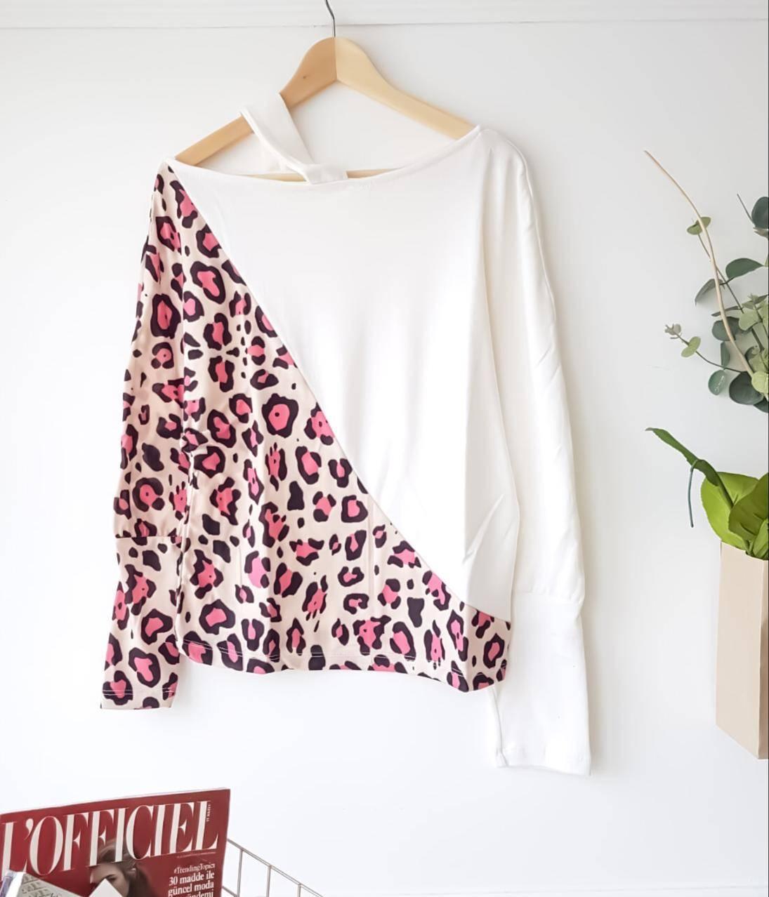 Omuz dekolteli leopar garnili bluz(beyaz) - 2