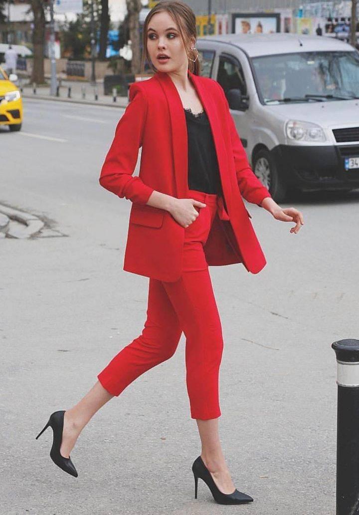 Kırmızı atlas kumaş takım - 3