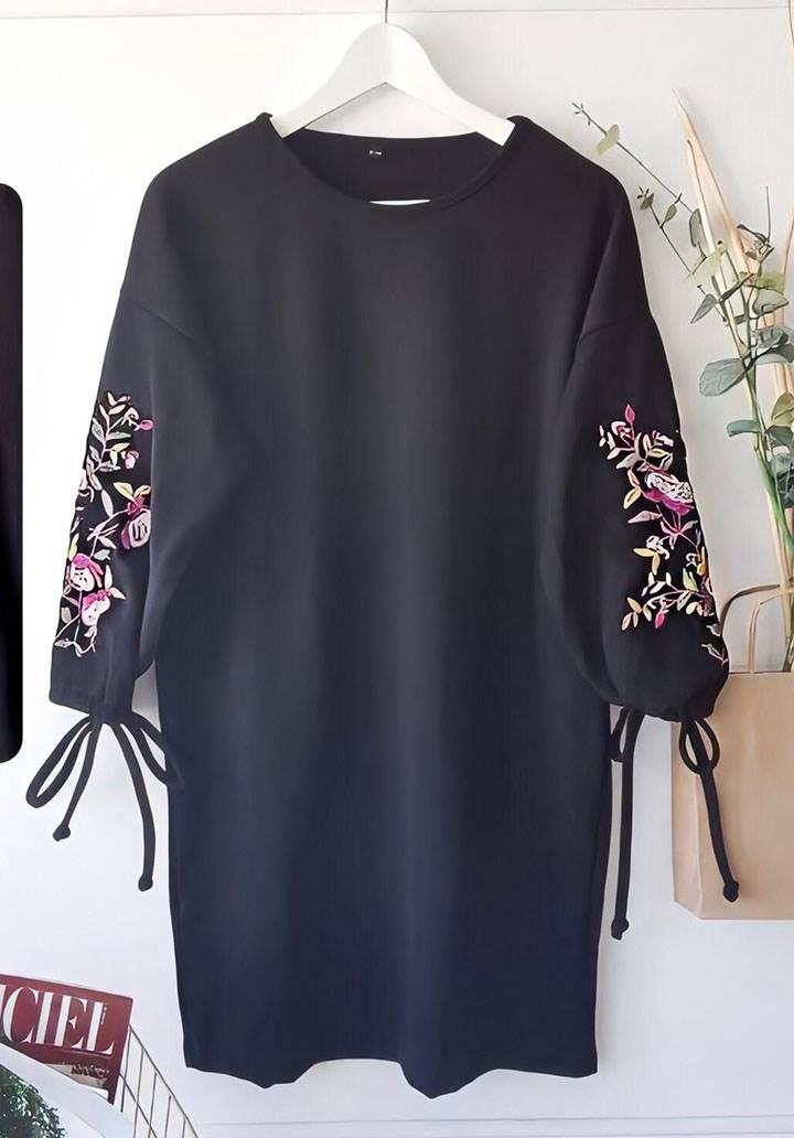Kolları nakış detaylı triko elbise - 3